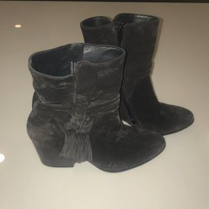 Paul Green Gray Booties. Size: 4